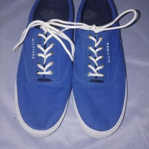 Tommy Hilfiger canvas deck shoes